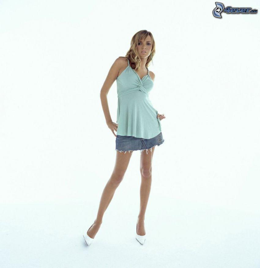 Nadine Coyle, piernas largas