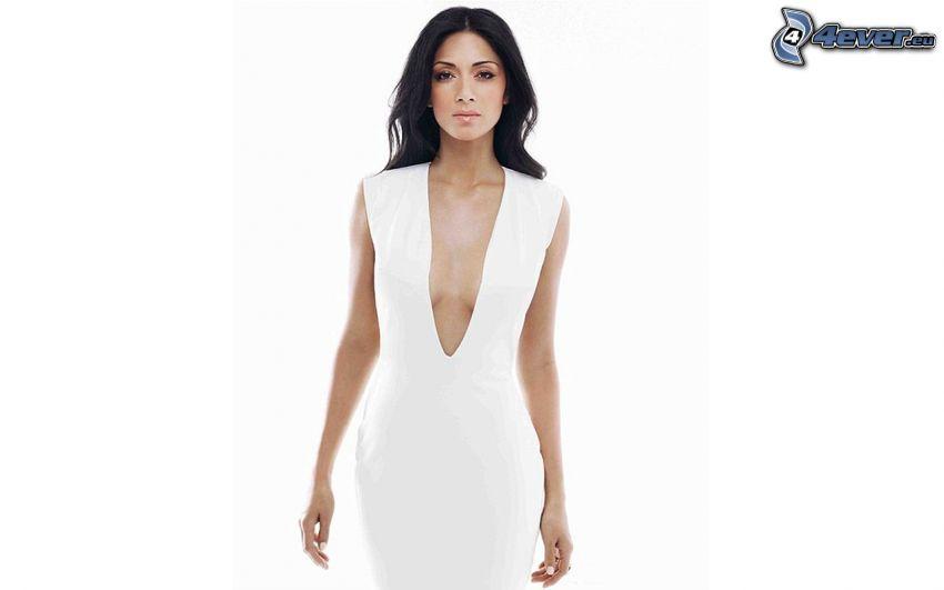 Nicole Scherzinger, vestido blanco