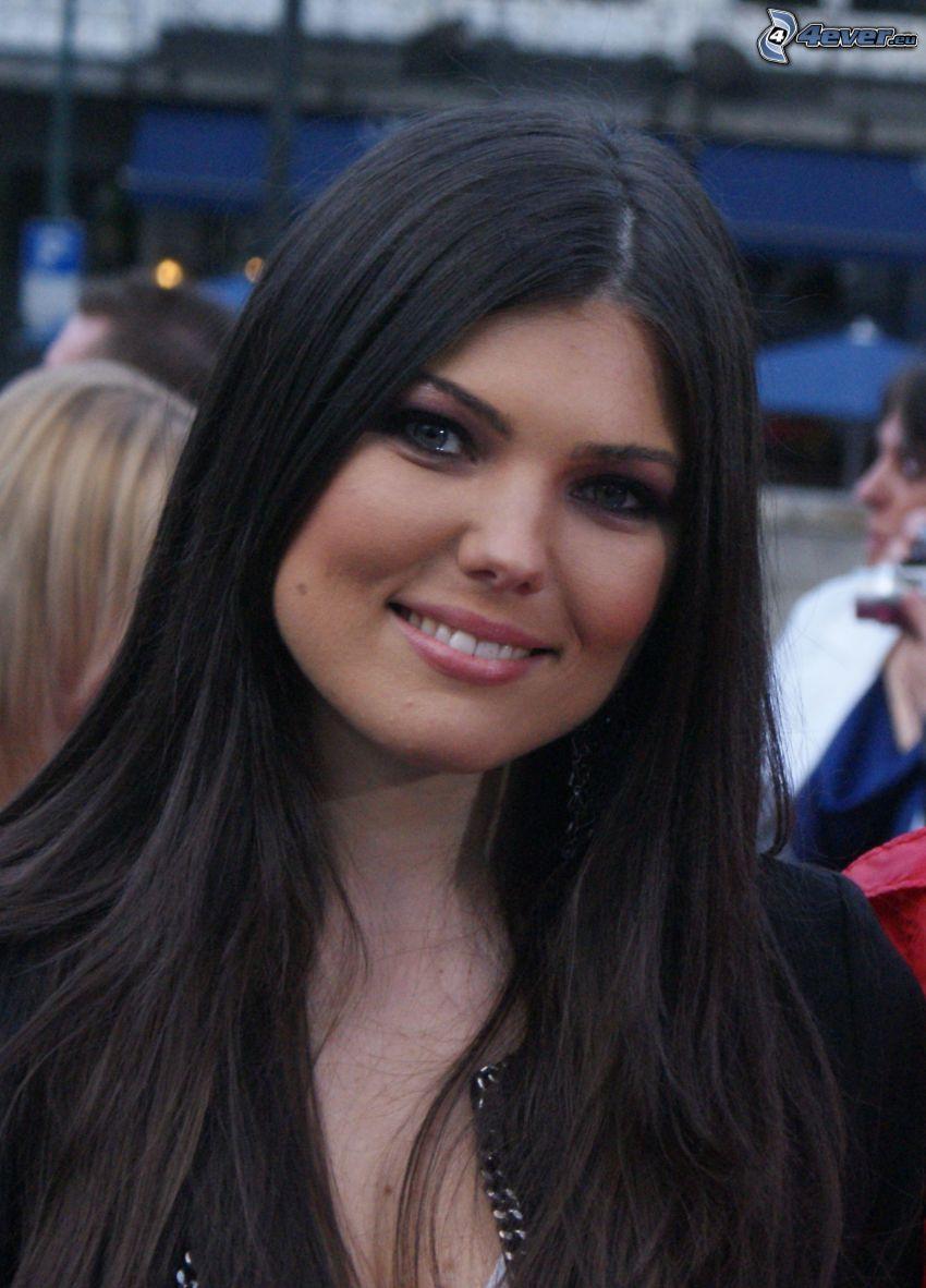 Paula Seling, sonrisa