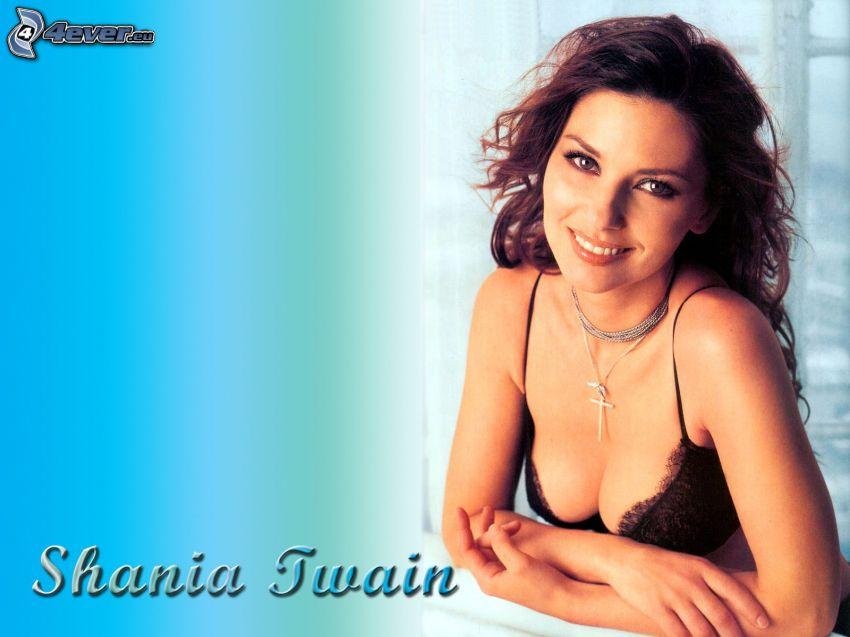 Shania Twain, ropa interior negra