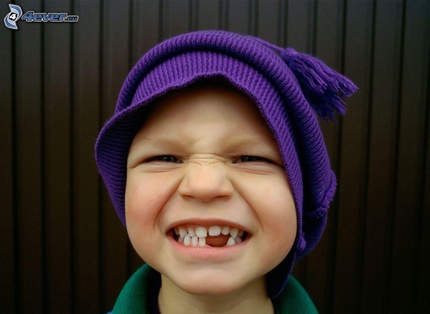 niño, dientes, gorro