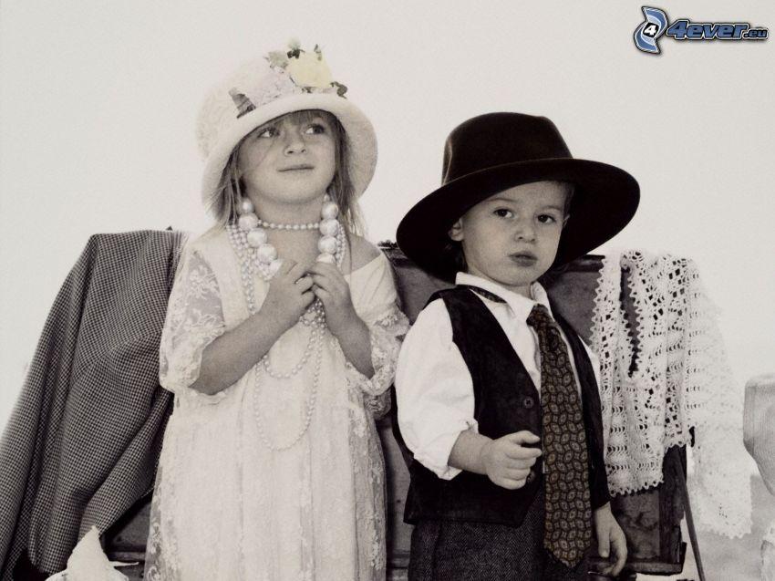 niño y niña, Foto en blanco y negro
