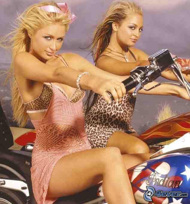 Paris Hilton, vestido de color rosa, vestido de malla, motocicleta