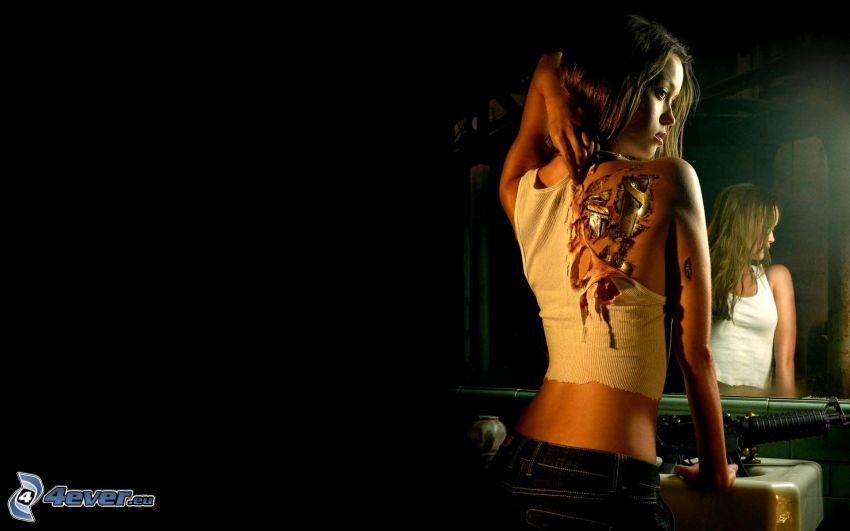 rubia, tatuaje en la espalda, chica en el espejo