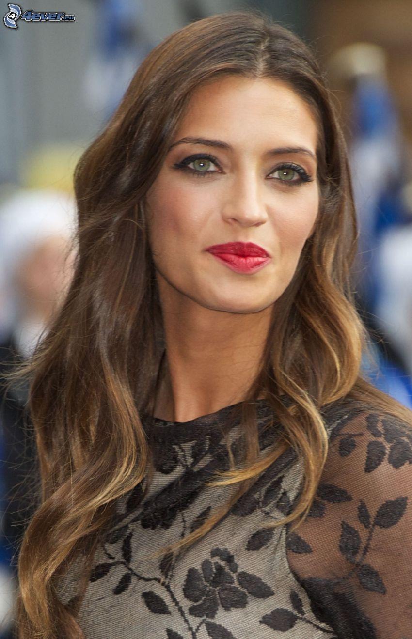 Sara Carbonero, labios rojos