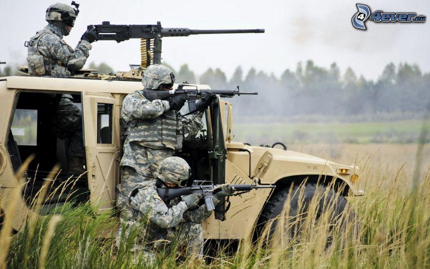 soldados, coche todoterreno