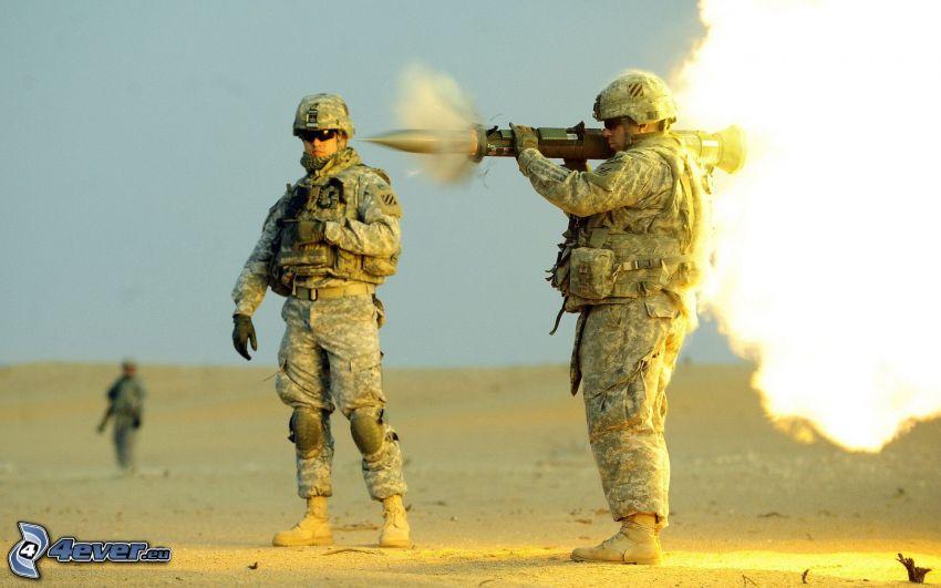 soldados, disparo