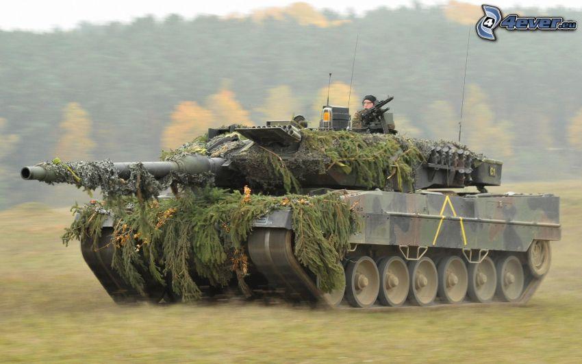 Leopard 2, tanque, acelerar, camuflaje