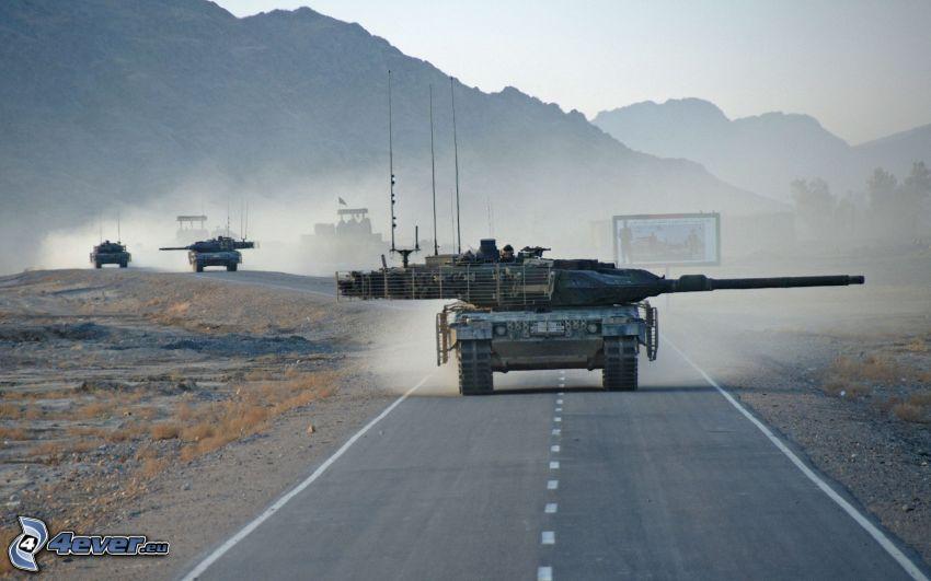 Leopard 2, tanque, camino
