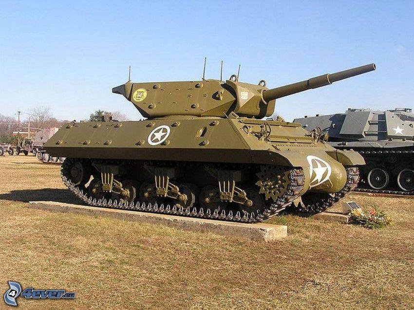 M18 Hellcat, tanques