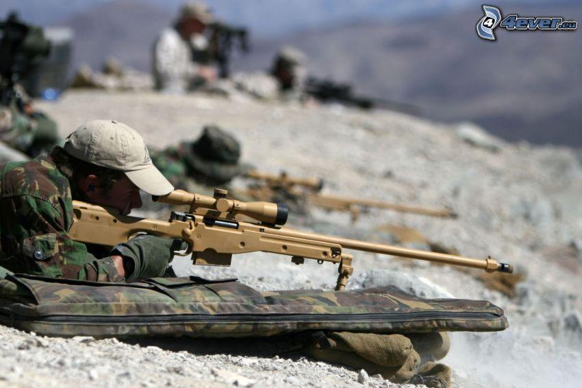 soldados, soldado con una pistola, sniper