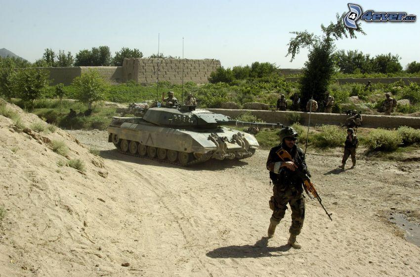 tanque, soldados, Afganistan