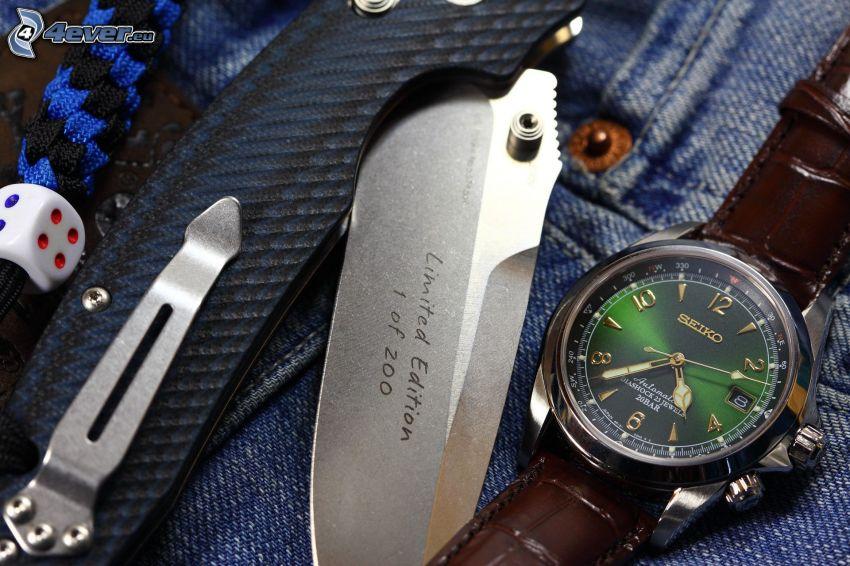 reloj, cuchillo, cubo