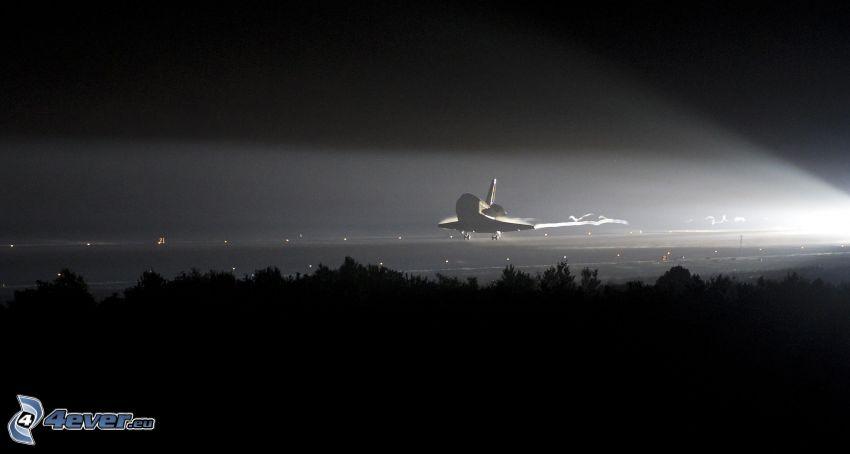 transbordador espacial, aterrizaje, noche