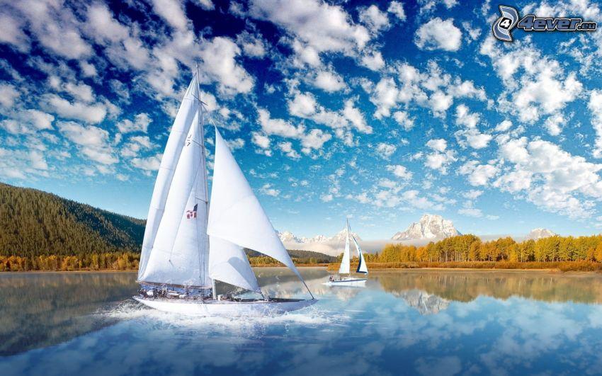 barcos en el lago, nubes
