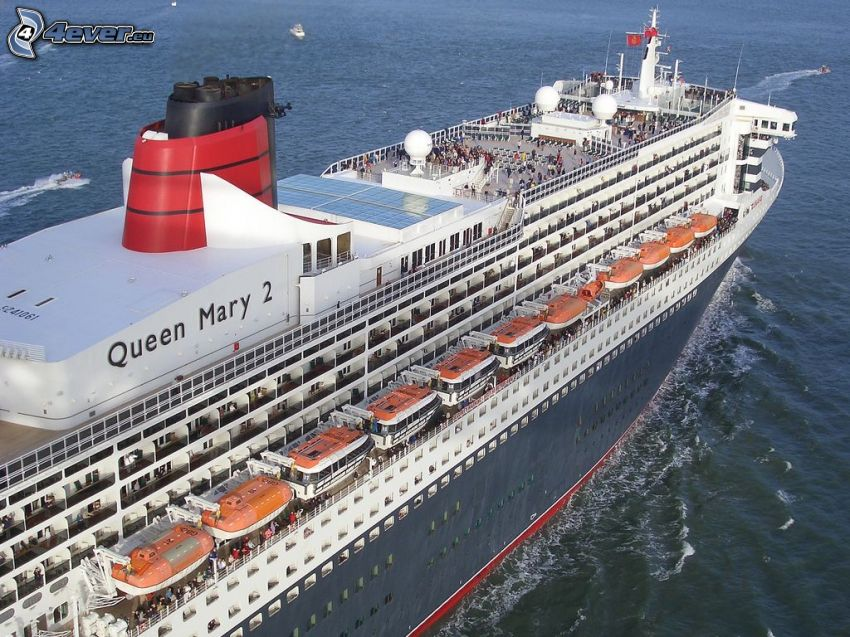 Queen Mary 2, Barco lujoso