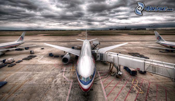 aéroport, nuages, HDR