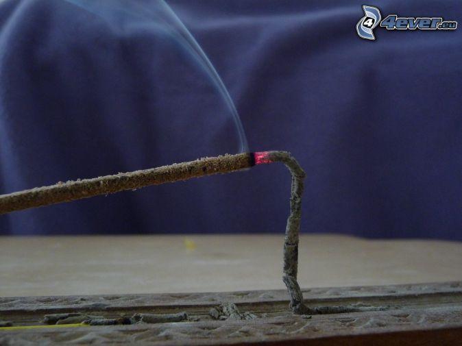 bâtons d'encens