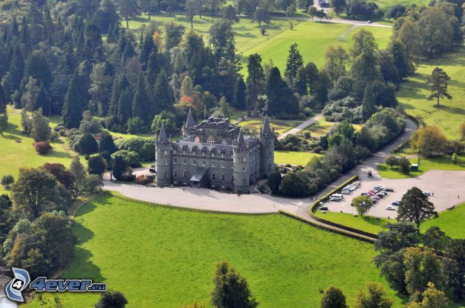 Inveraray château, parc, parking, arbres