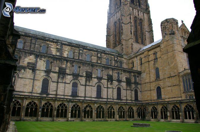 La cathédrale de Durham, cour