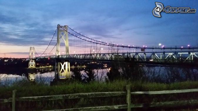 Mid-Hudson Bridge, pont illuminé