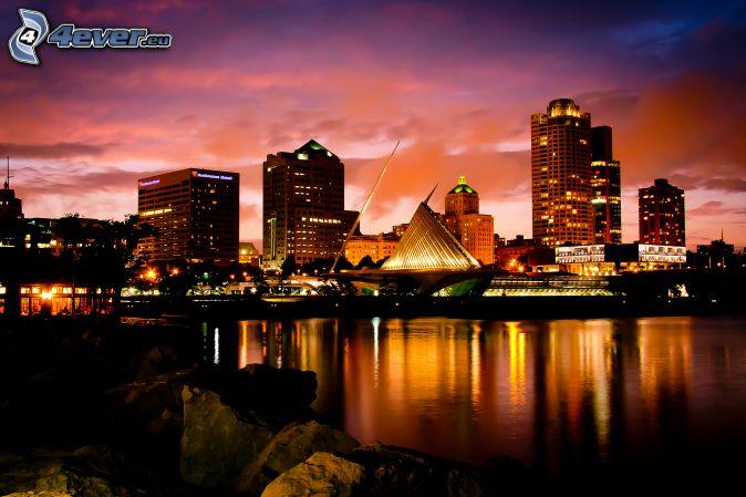 Milwaukee, ville dans la nuit, Milwaukee Art Museum, mer, reflexion
