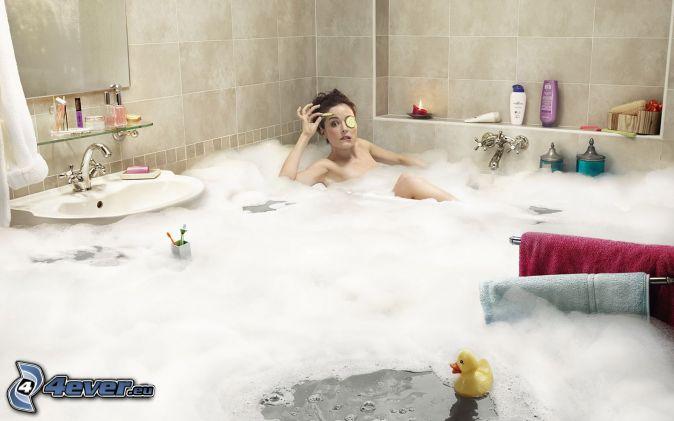 Девушки фото в ванной