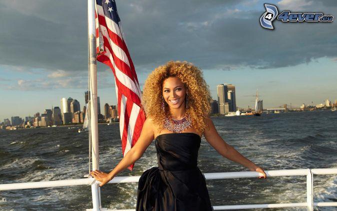 les éléments - Page 20 Beyonce-knowles,-navire,-manhattan,-gratte-ciel,-mer,-le-drapeau-americain-208892