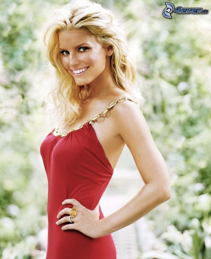 jessica-simpson,-blonde,-robe-rouge-146527