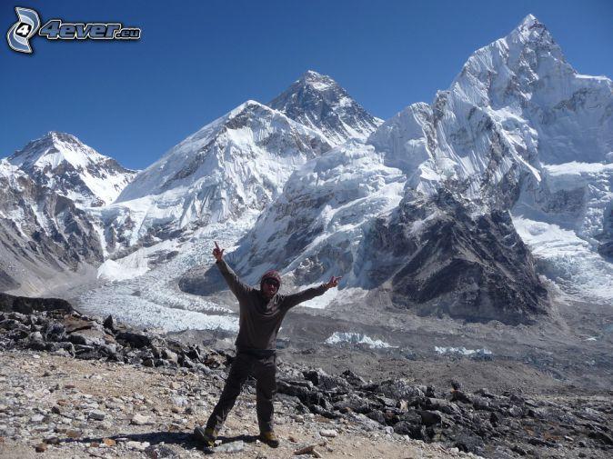 Mount Nuptse, touriste, montagnes enneigées, au Népal