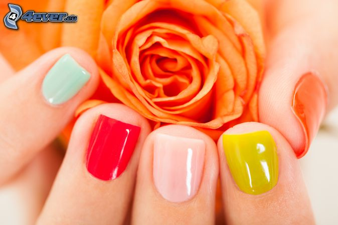 ongles peints, rose orange, couleurs