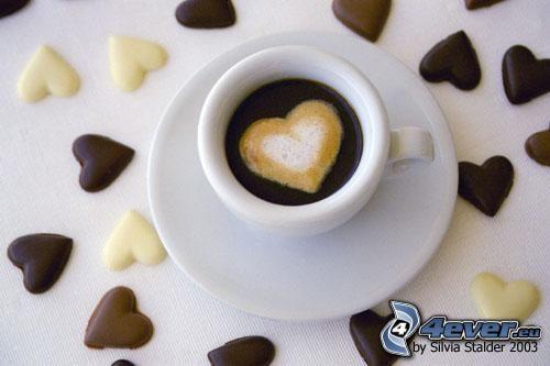 cœur dans le café, cappuccino, amour, latte art