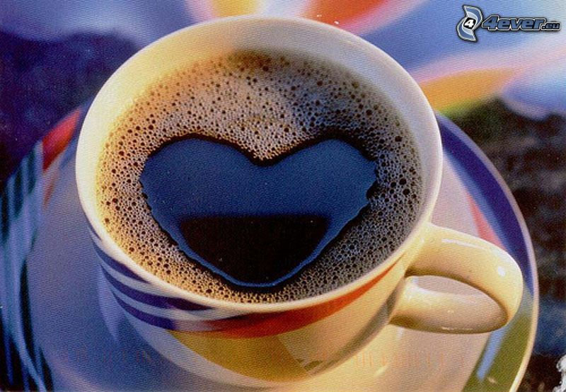 cœur dans le café