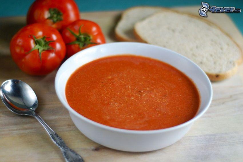 soupe à la tomate, tomates, cuillère, le pain