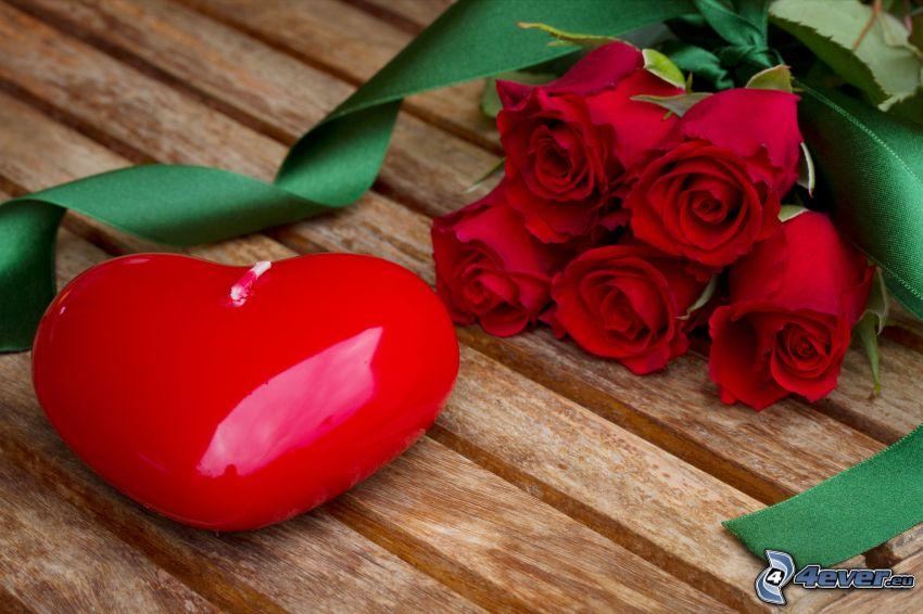 bougies de cœur, roses rouges, bougie