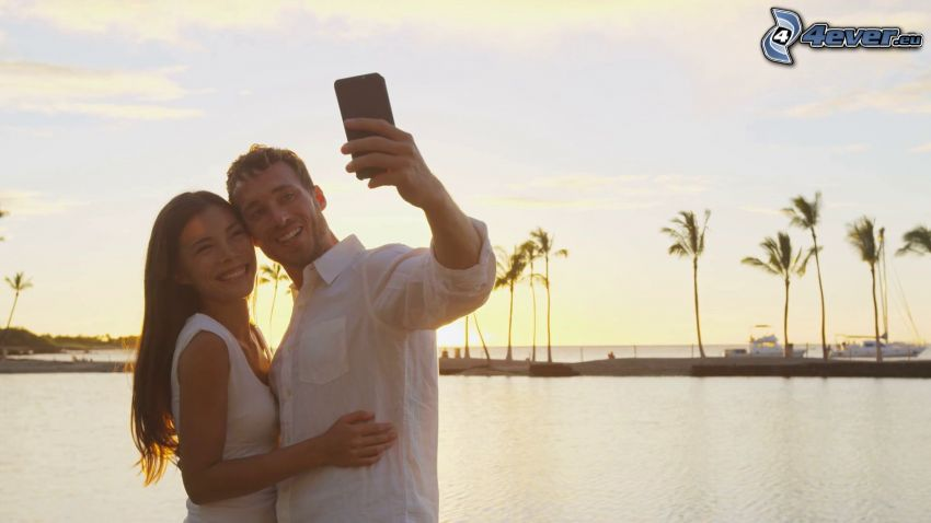couple, selfie, palmiers, mer