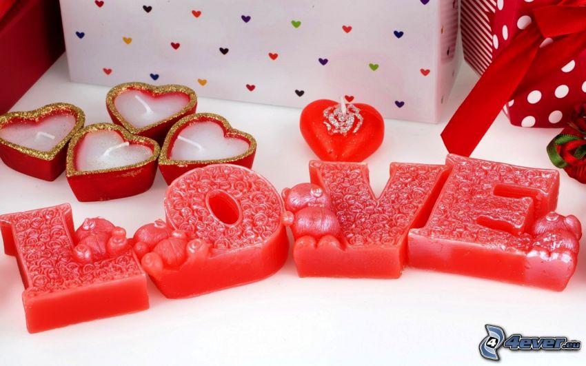love, bougies de cœur, cadeaux