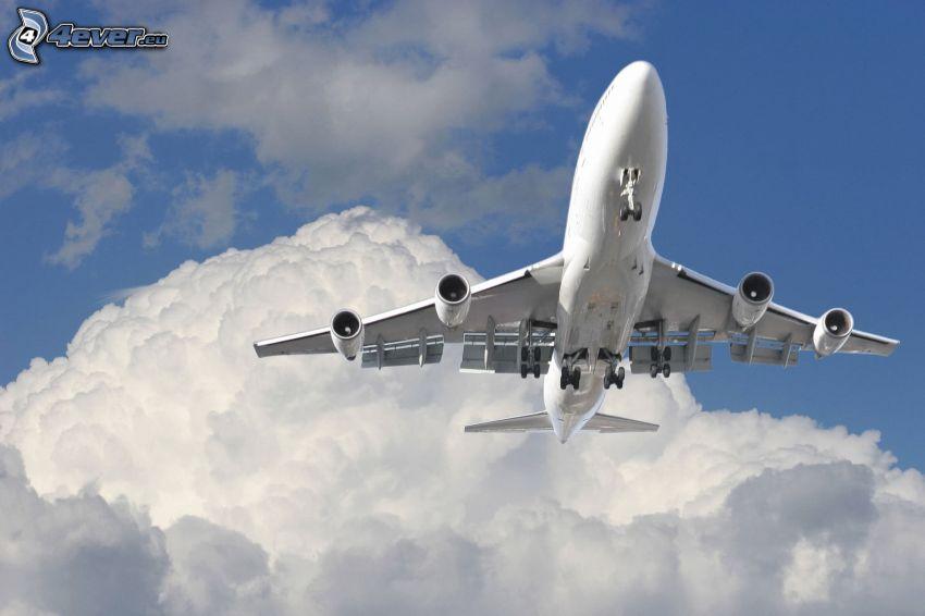 Boeing 747, nuage