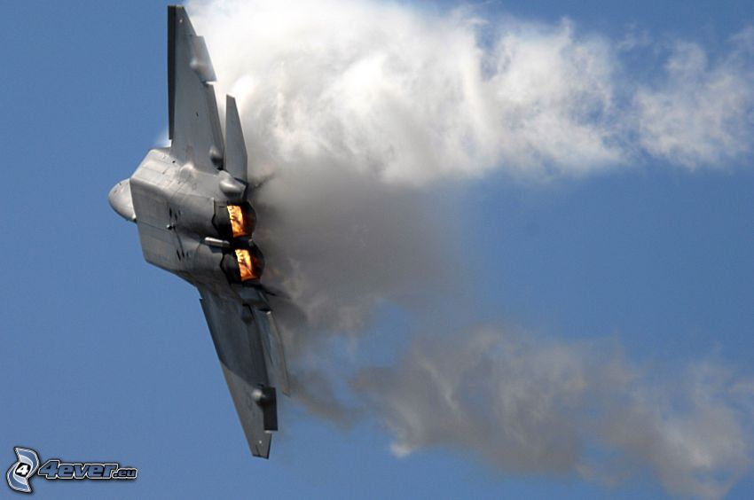 F-22 Raptor, fumée