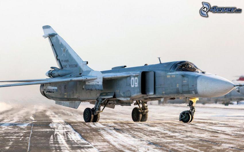 Sukhoi Su-24, aéroport