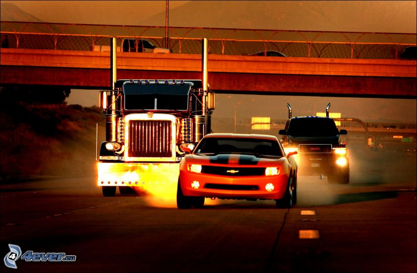 Transformers, voitures, camion