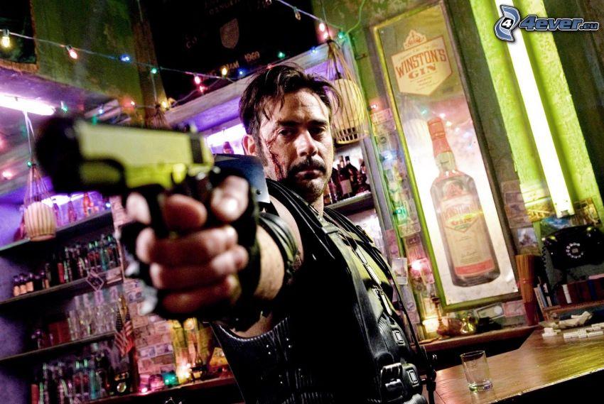 Watchmen, homme avec un fusil