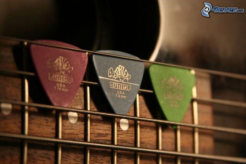 plectres, guitare, cordes