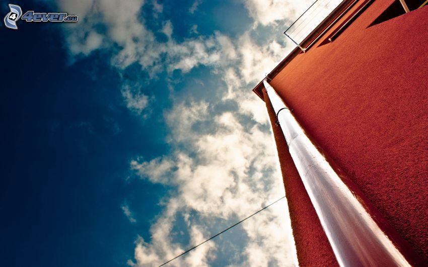 bâtiment, pipe, nuages
