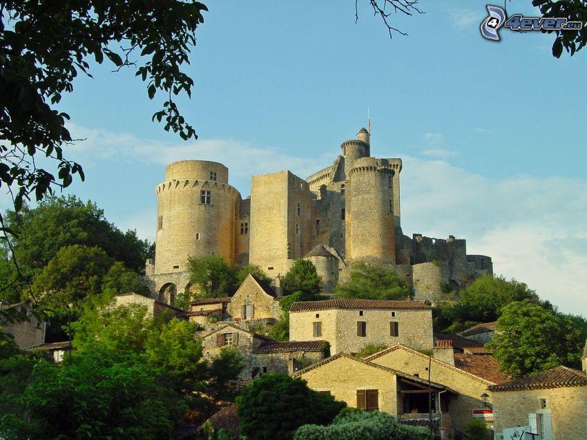 château de Bonaguil, maisons
