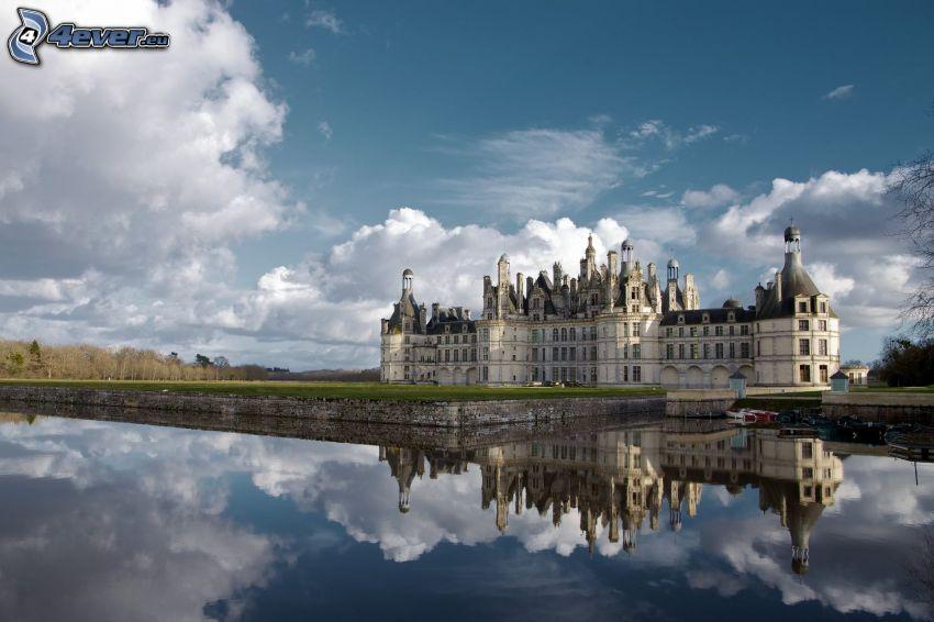 Château de Chambord, Cosson, reflexion, nuages