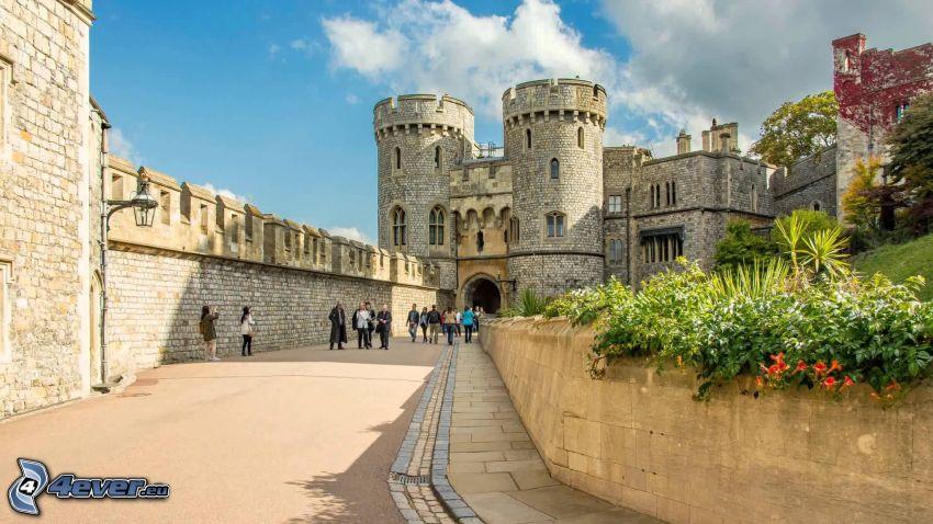 Château de Windsor, trottoir, touristes