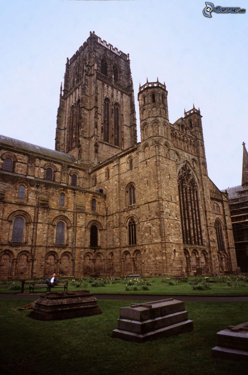 La cathédrale de Durham, cimetière, des fosses