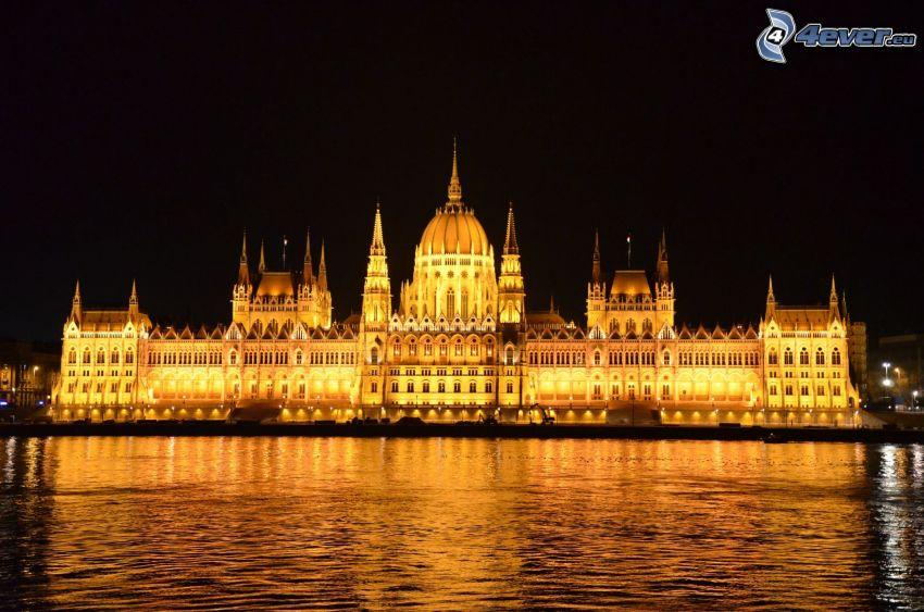 le Parlement, Budapest, Danube, rivière, le bâtiment illuminé
