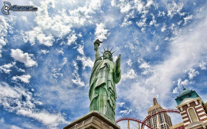 Statue de la Liberté, New York, USA, nuages, HDR